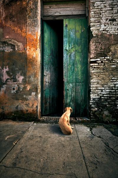 Streets of Cuba by RobDem