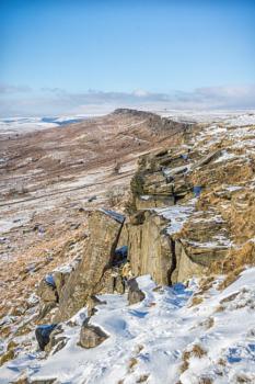 A snowy walk on Stanage Edge
