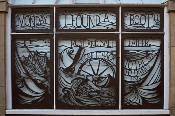 Monday\'s Window - Edinburgh by PhotoLinda