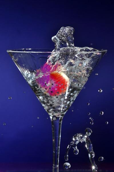 splash of orange on blue by elmer1
