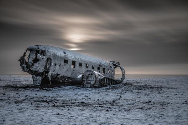 DC-3 by BobShaw