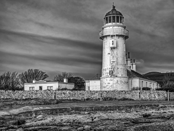 Toward Lighthouse by fynephotography
