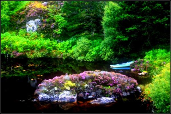 Autumnal Lochan by ianblanchett