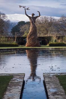 Willow sculpture, Bodnant garden.