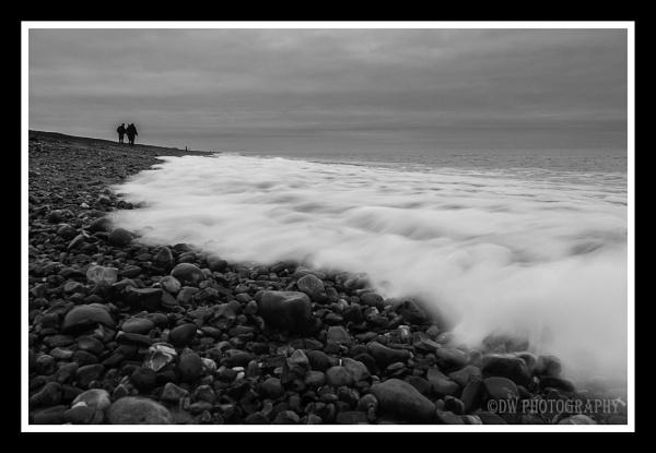 Seaside walk by Dwaller