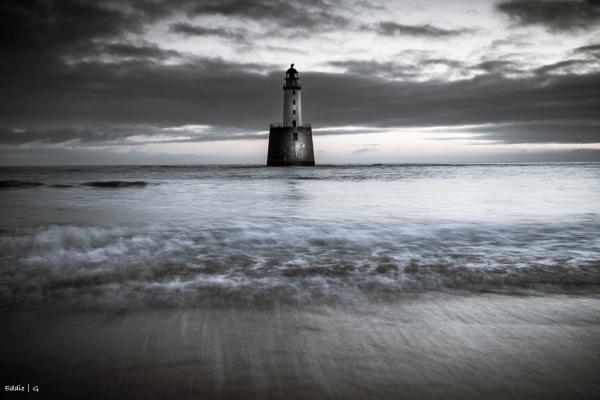 Rattary head lighthouse by EddyG