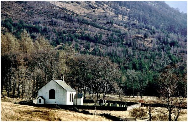 Innerwick Kirk, Glenlyon by mac