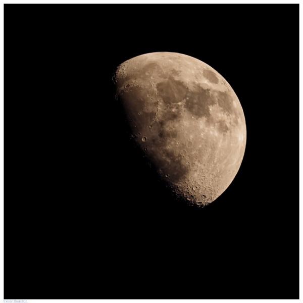 Moon by TT999