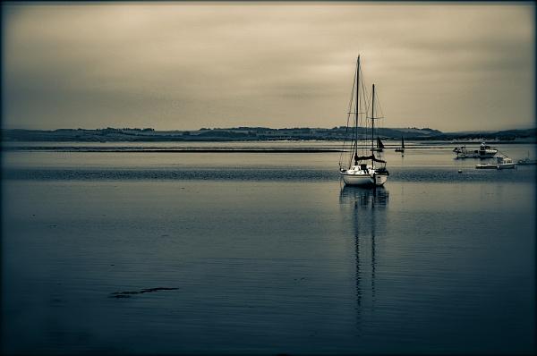 Lindisfarne Afternoon by AllistairK