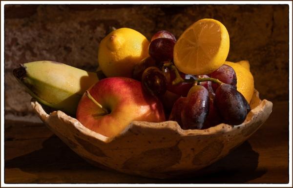 Fruit Bowl by tonyheps