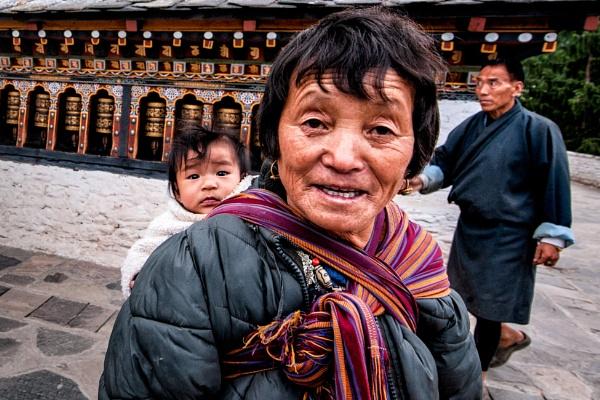 Life in Bhutan by mmz_khan