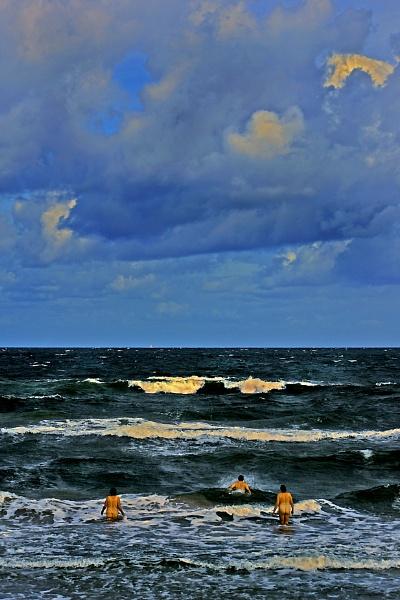 North Sea by mtuyb