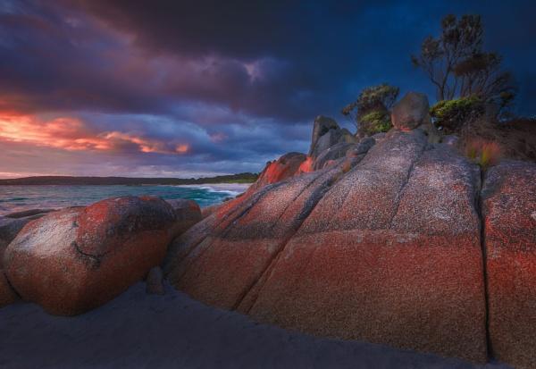 Bay of Fires sunrise.   Tasmania, Australia by graemeandrew