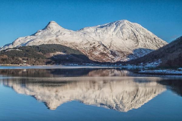 Pap of Glencoe Scotland. by Adrian57
