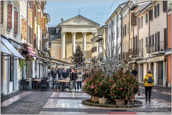 Piazza Giacomo Matteotti by TrevBatWCC