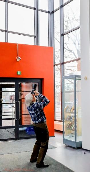 Upwards in the Library. by kuvailija