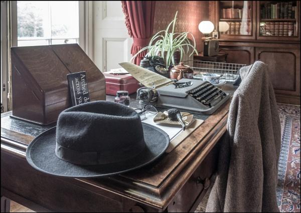 Desk by bwlchmawr