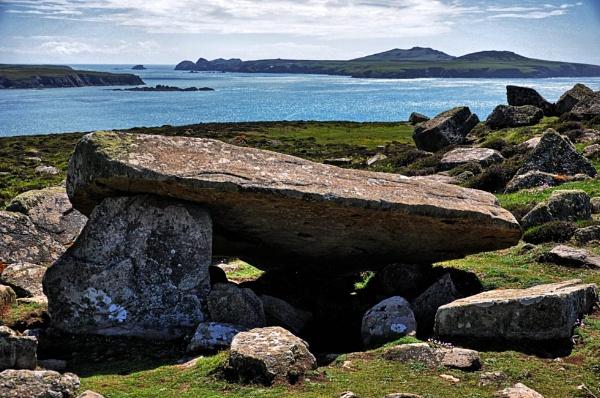 Coetan Arthur, St Davids, Pembrokeshire by woodini254