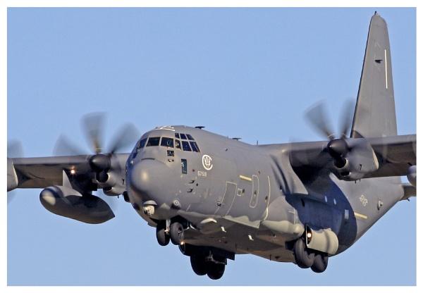 USAF C130 HURCULES by crapsnap