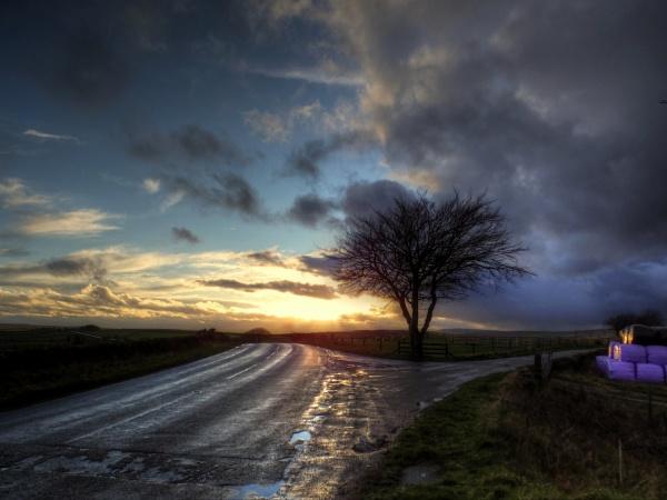 Strom before Sunset by ianmoorcroft