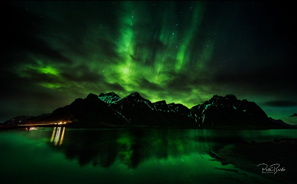 Northern Lights at the Vestrahorn by Pete2453