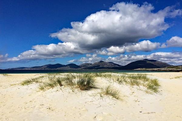 Luskentyre Beach by stokesy
