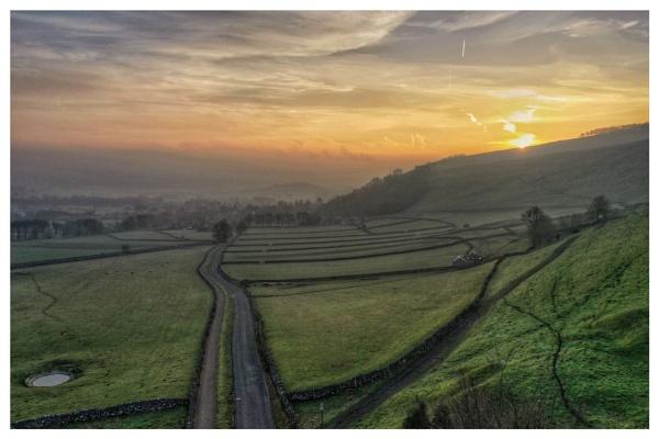 Sunrise near Castleton by Stevetheroofer