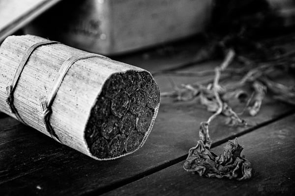 Vinales_pack of cigars by konig