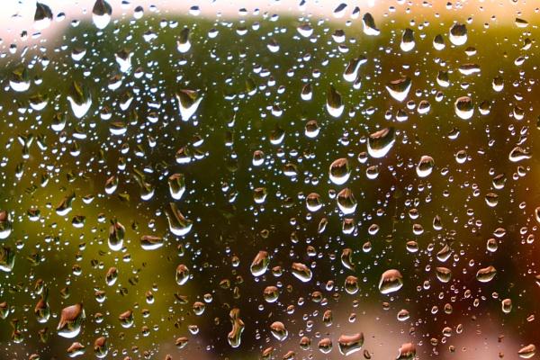 Raindrops by adagio