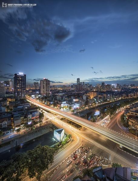 Hanoi sunset by vulong