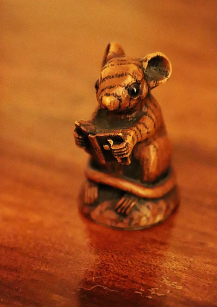 One Brown Mouse by Merlin_k