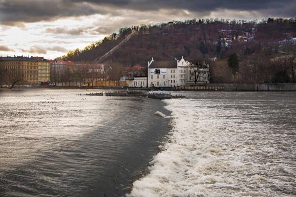 River Vitiva Prague by Cannon203