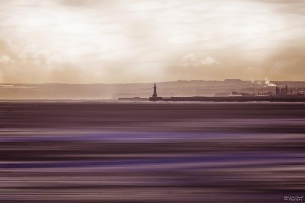 Roker Pier by NDODS
