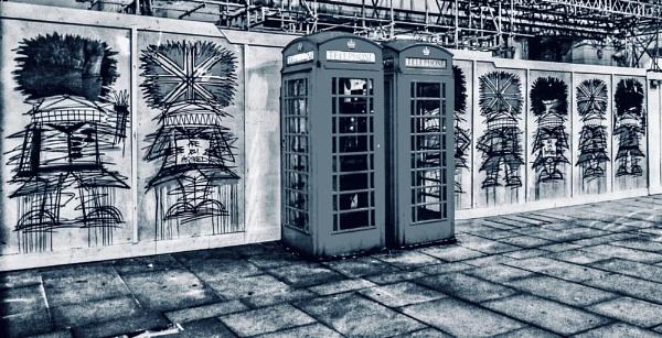 Grey day in London by KrazyKA