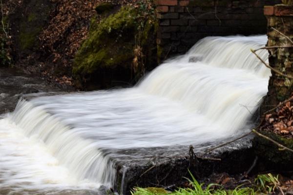 Cascade # Storm drain by davyskid