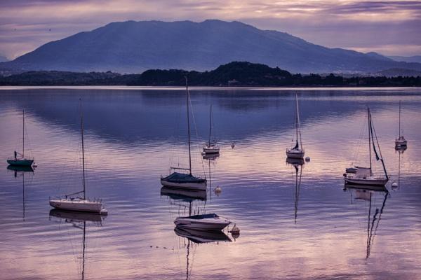 Beautiful Lake Garda by sandwedge