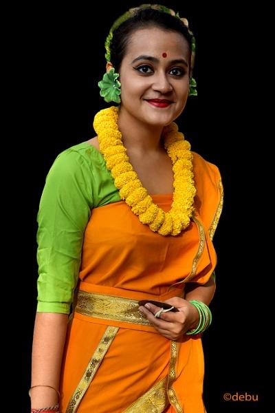 Student dancer of Kolkata at Holi celebration by debu