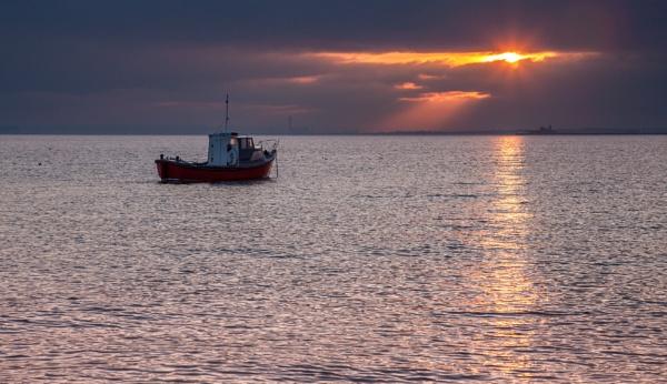 golden sunset by alanb