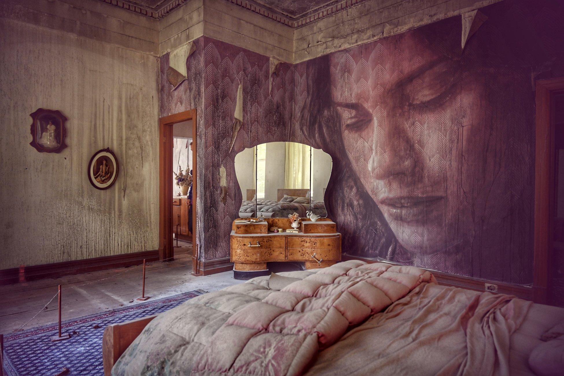 Rone Empire - Spring lavender room