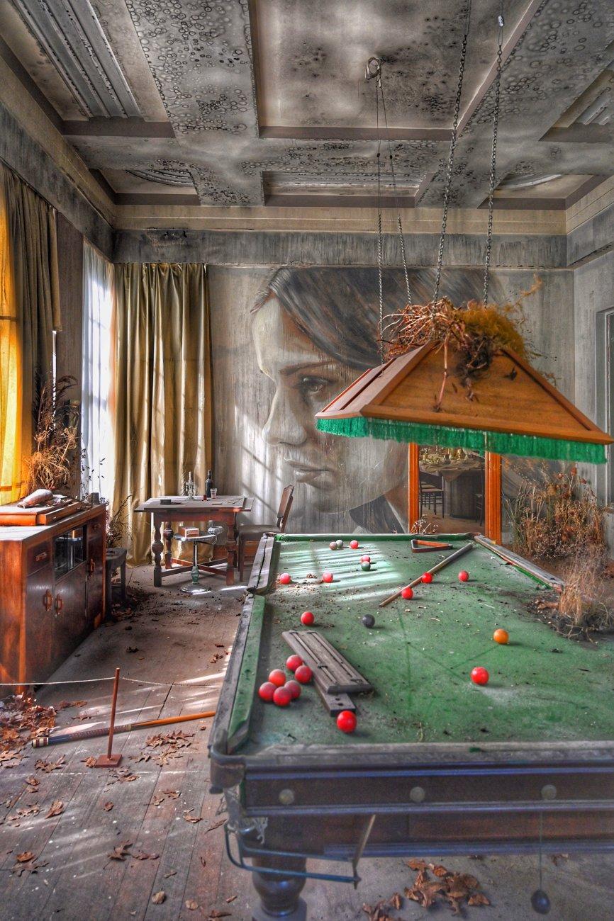 Rone-Empire...The Billiards room