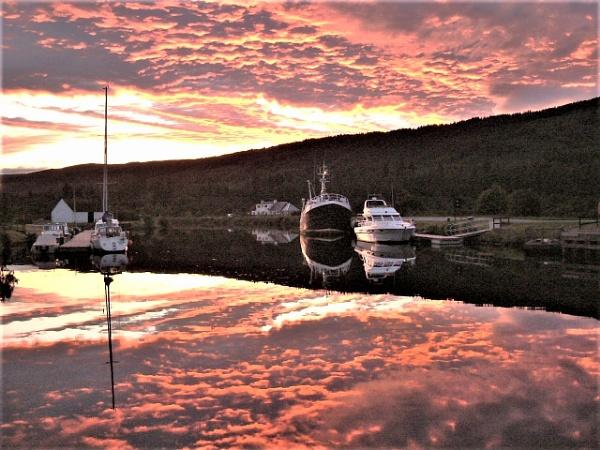 SUNSET IN FORT AUGUSTUS by laureenofscotts