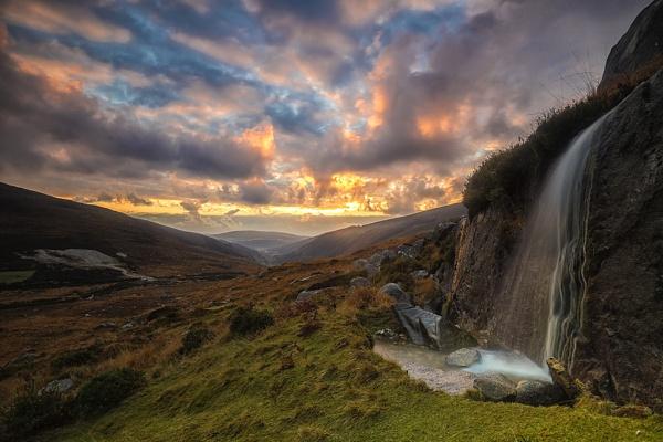 Glendalough Dawn by mondmagu