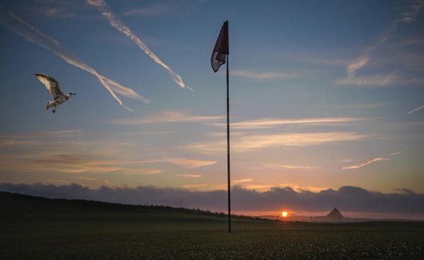 Sunrise Over the Pyramids ? by carper123