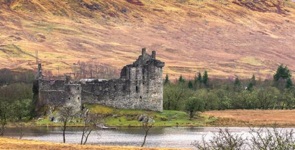 kilchurn castle by alanb