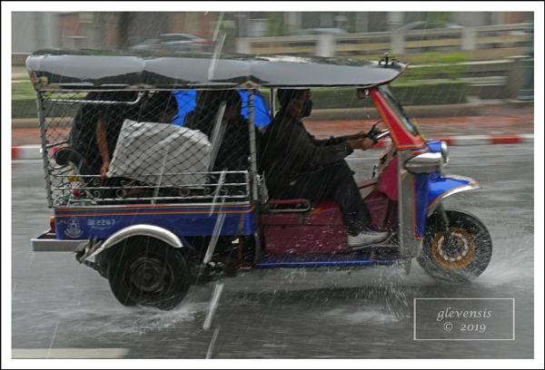 Tuk-tuks in The Rain (5 of 12) by glevensis