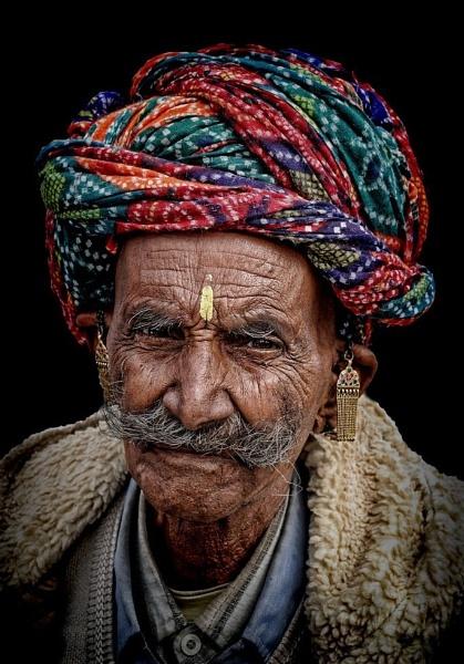 Rajasthani gentleman from the desert by sawsengee