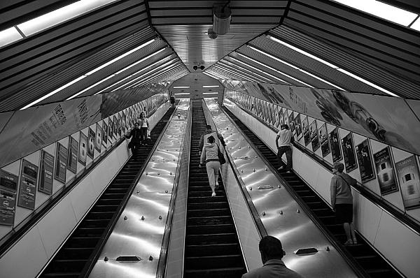 Escalator by peterthowe