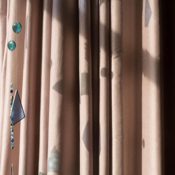 Subtle Saturday shadows by dudler