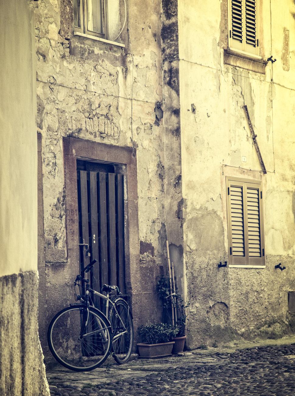 Bosa Back Streets