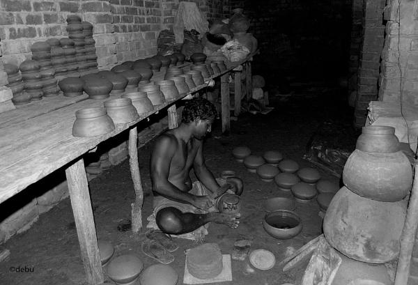 Unglazed Pottery by Taki\'s Potter..2 by debu